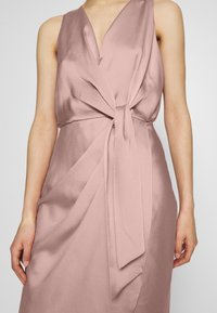 Ted Baker - POHSHAN - Cocktail dress / Party dress - lt-pink
