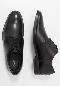 Clarks - STANFORD WALK - Stringate eleganti - black - 1