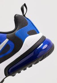 Nike Sportswear - AIR MAX 270 REACT - Sneakers basse - midnight navy/metallic silver/racer blue/black - 2