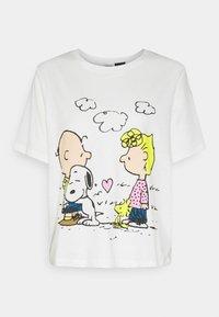 JDY - PEANUT LIFE PRINT - Print T-shirt - cloud dancer - 4