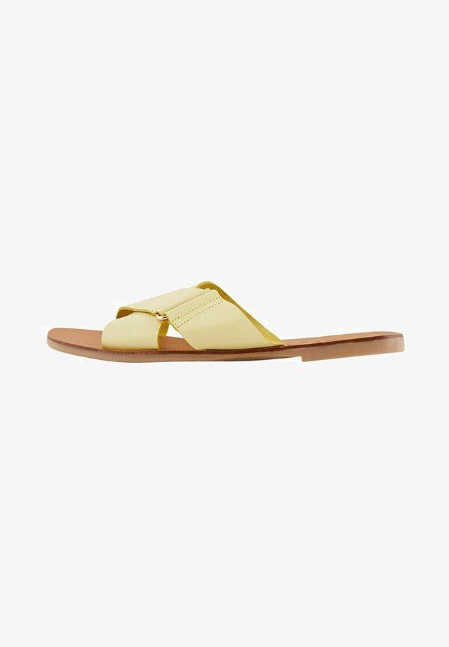 PSNEA  - Pantofole - yellow