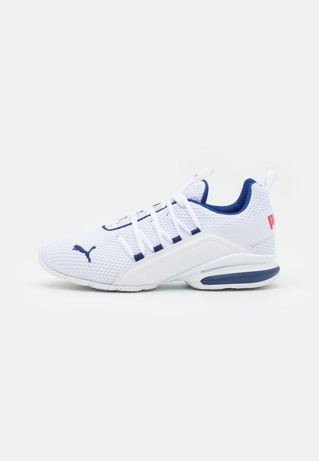AXELION LS - Scarpe da fitness - white/elektro blue