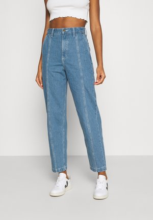 PANELLED STELLA TAPE - Vaqueros boyfriend - blue denim