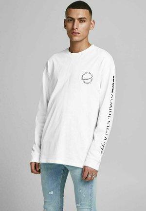 BOXY - Långärmad tröja - white