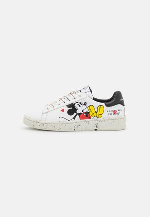 GRANDMASTER LOVES PLANET - Sneakers laag - white eco