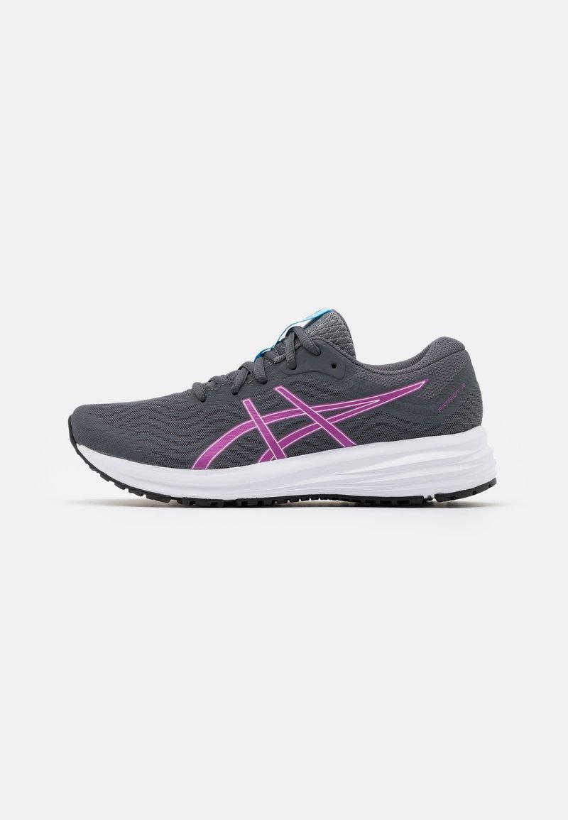 ASICS - PATRIOT 12 - Chaussures de running neutres - carrier grey/digital grape