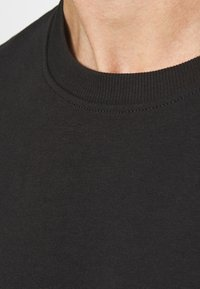 Only & Sons - ONSVINCENT CREW NECK - Bluza - solid black - 5