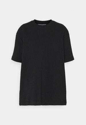 LIONELLE - T-shirts - black