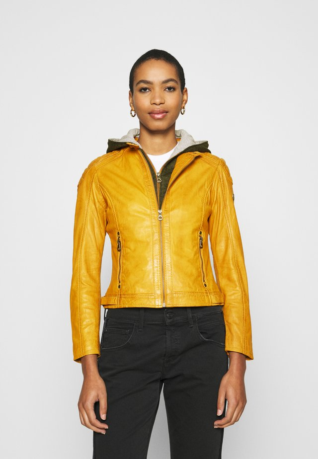 GABBY LAMAS - Leather jacket - yellow