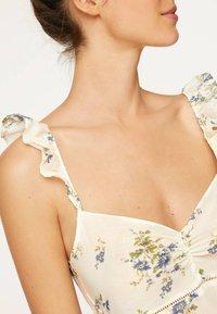OYSHO - Maxi dress - white - 3