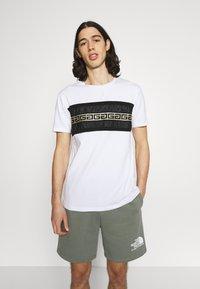 Glorious Gangsta - RAMON TEE - Print T-shirt - optic white - 0