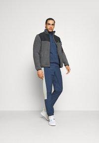 Lyle & Scott - POLARTEC THERMAL  - Fleece jacket - rock grey - 1