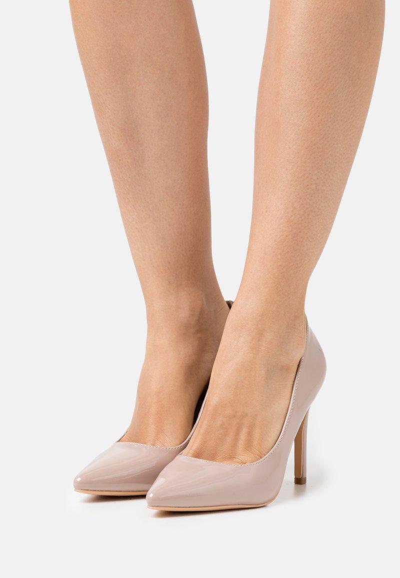 Glamorous - Classic heels - beige