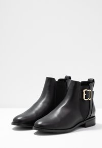 ONLY SHOES - ONLBOBBY ELASTIC BUCKLE - Ankle Boot - black - 4