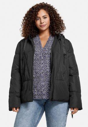 MIT KAPUZE - Winter jacket - black