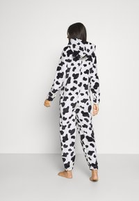 Loungeable - COW PRINT ALL IN ONE WITH EARS - Pyjamas - black/white - 2