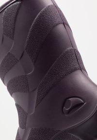 Viking - ULTRA 2.0 UNISEX - Holínky - aubergine/purple - 2