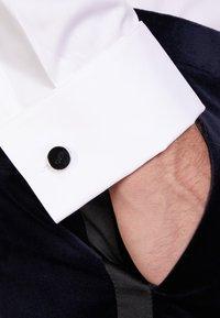 HUGO - Cufflinks - black - 1