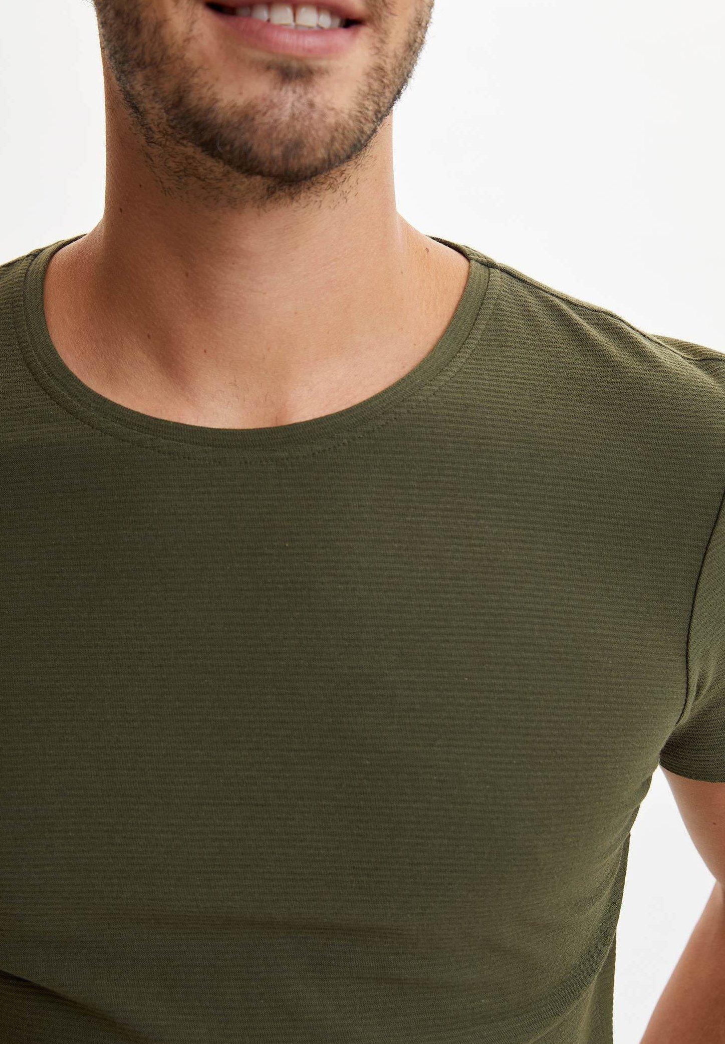 DeFacto Basic T-shirt - khaki 2aEfG