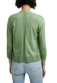Esprit - CARDIGAN - Cardigan - leaf green - 6