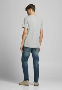 Jack & Jones PREMIUM - Basic T-shirt - light grey melange - 2