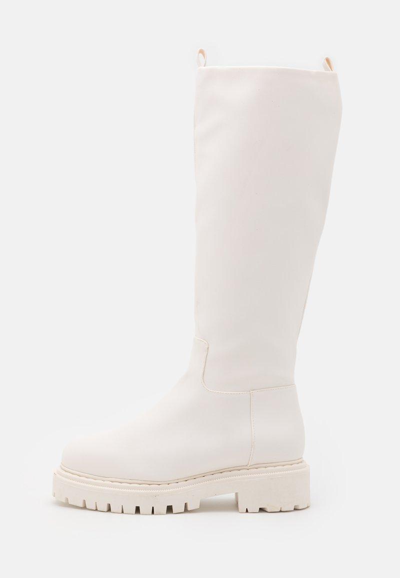 Monki - WELLI BOOT VEGAN - Platåstøvler - all tonal white