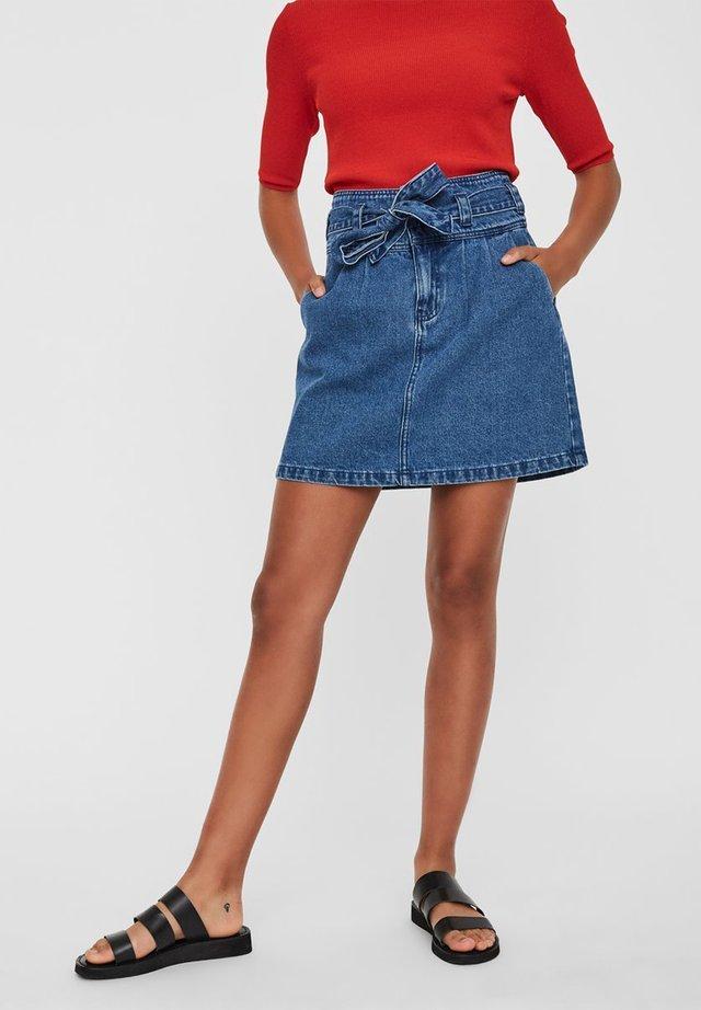 VERO MODA ROCK MINI JEANS - A-line skirt - medium blue denim