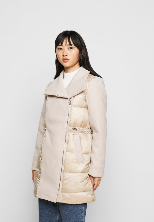 PUFFY - Short coat - nude