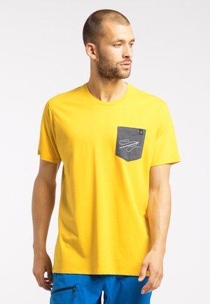 MIRTH  - Print T-shirt - pumpkin yellow