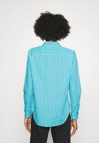 Lauren Ralph Lauren - JAMELKO LONG SLEEVE-SHIRT - Košile - turquoise/white - 2