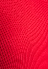 Missguided Petite - ROLL NECK  MIDI DRESS - Shift dress - red - 2