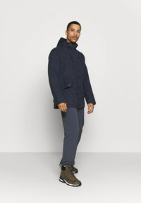 Jack Wolfskin - CLIFTON HILL JACKET - Outdoorjacke - night blue - 1