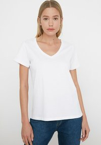 Trendyol - Basic T-shirt - white - 0