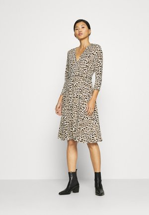 MATTE WRAP - Day dress - cheetah
