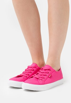 MALIBU BEACH  - Sneakers basse - regular fuchsia