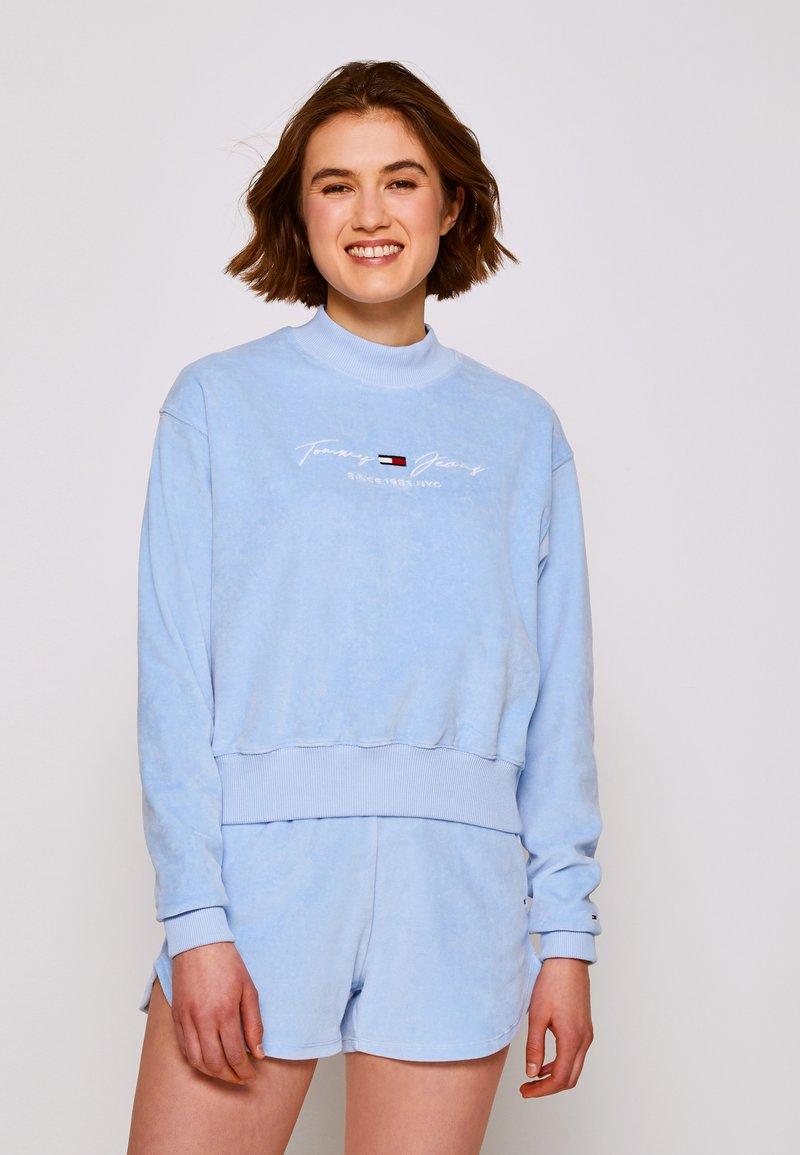 Tommy Jeans - PASTEL CREW - Collegepaita - light powdery blue