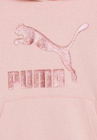 Puma - CLASSICS LOGO HOODY - Felpa - light pink - 2