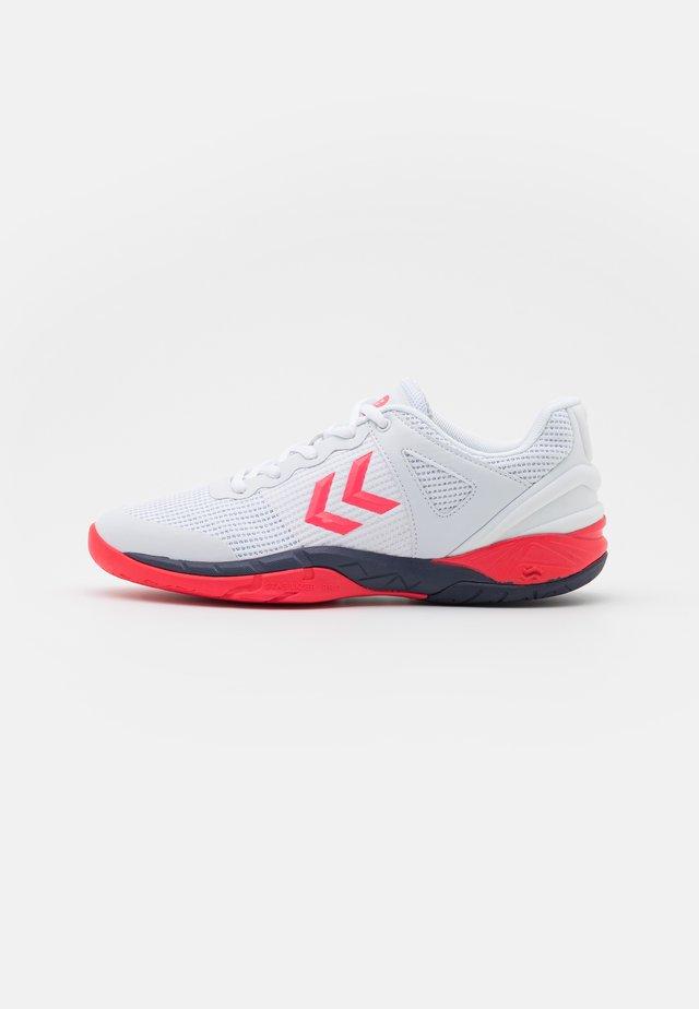 AERO 180 - Chaussures de handball - white/diva pink