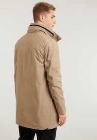 CHASIN' - SATURN LIGHT - Short coat - beige - 4