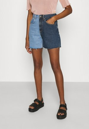 HALF & HALF - Shorts di jeans - light blue