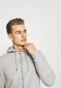 s.Oliver - Zip-up sweatshirt - grey melange - 3