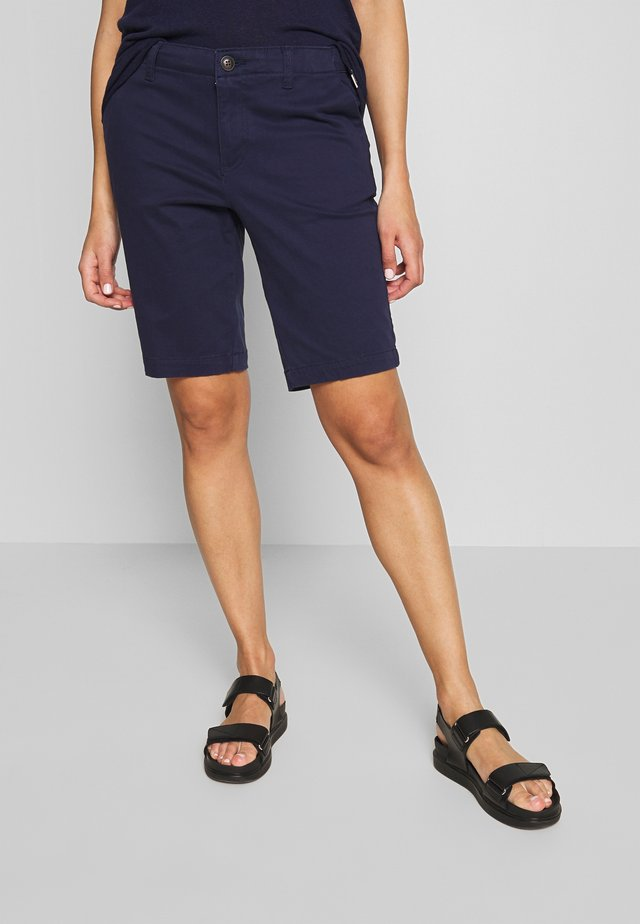 CITY CHINO SHORT - Shorts - atlantic navy