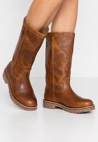 Bullboxer - Boots - cognac - 0