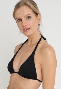 Buffalo - TRIANGLE FRANCE - Bikini top - black - 3