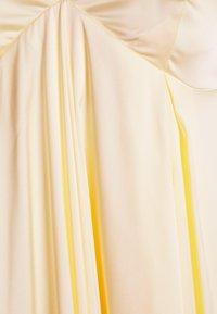 YAS Tall - LUMEN STRAP MIDI DRESS - Iltapuku - transparent yellow - 2