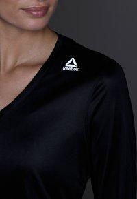 Reebok - TEE - Sports shirt - black - 5
