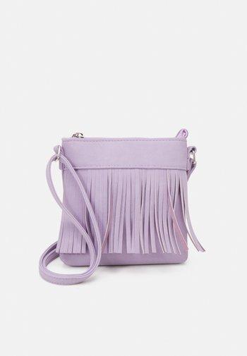 BAG FRINGES - Across body bag - light lilac