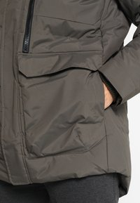 Helly Hansen - TROMSOE JACKET - Winter jacket - beluga - 4