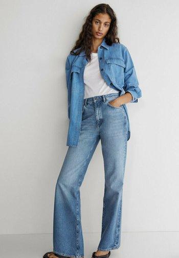 MIT HOHEM BUND - Bootcut jeans - dark blue