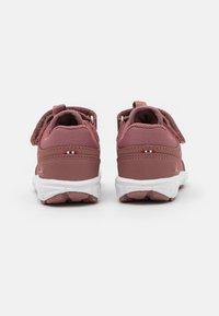 Viking - SPECTRUM GTX UNISEX - Hiking shoes - peach - 2